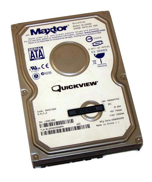 """Внутрішній жорсткий диск Maxtor Diamond Max 10 250ГБ 7200 обертів в хвилину 16МБ 3.5"""" SATA 6L250S0, мініатюра №1"""